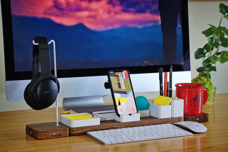 stay organized to manage stress at work